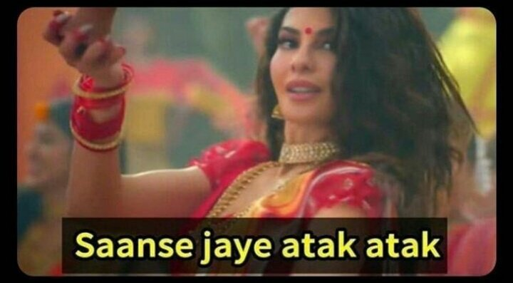 When you're standing outside the class in punishment And someone say - principal sir round par h  Student standing outside be like - <br>http://pic.twitter.com/OrIHzsTxpA