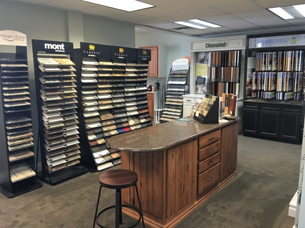 Our #SHOWROOM is open now! #design #designer #architecture #builder #remodeling #renovation #construction #kitchen #bathroom #roofing #siding #windows #flooring #homedecor #decor #ThursdayThoughts #ThursdayMotivation #metrodetroit #Michiganpic.twitter.com/Yq2SFGK0JU
