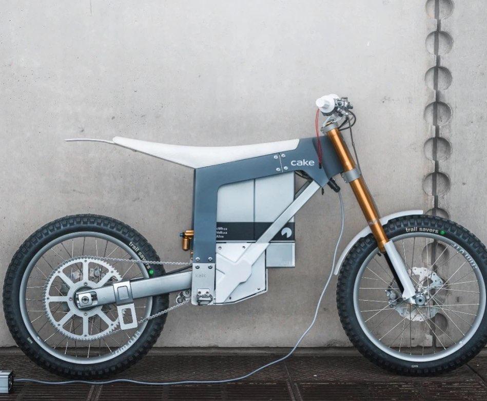 this bike is just wow  #innovative #design #motorbike pic.twitter.com/CMr1heMLbs