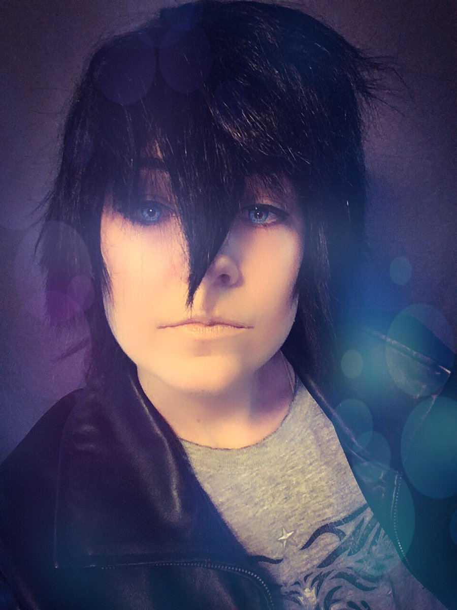 what are some closet cosplays you've done? . . . |:| . . . #noctiscosplay #princenoctis #noctis #gamergirl #videogames #cosplays #gaming #cosplaygirl #cosplayer #nintendo #ff #games #videogamecosplay #finalfantasyxv #girlsofcosplay #ps4 #noctiscosplay #finalfantasyxvcosplaypic.twitter.com/sYzrGgAeQQ