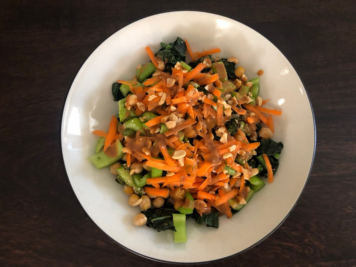 Grain bowls make for a great customizable and family-friendly meal. Try making one of our Food for Health favorites, spicy peanut veggie and grain bowls, and have meals for the week. https://t.co/U5XAwJWOGD https://t.co/YEgNFdMhdX