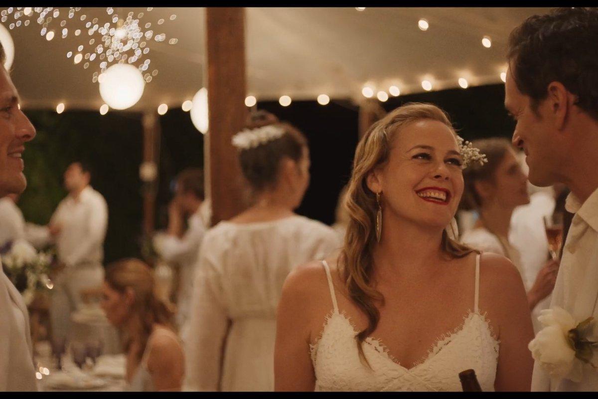Alicia Silverstone wedding comedy lands at Saban Films bit.ly/3dd7SIK