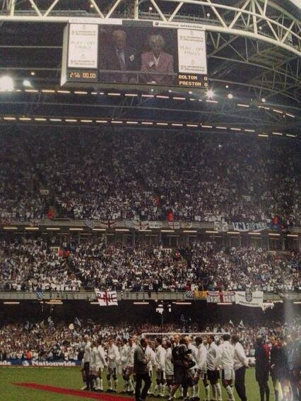 ON THIS DAY 2001: Preston North End at the Millennium Stadium for their game against Bolton Wanderers #PNE