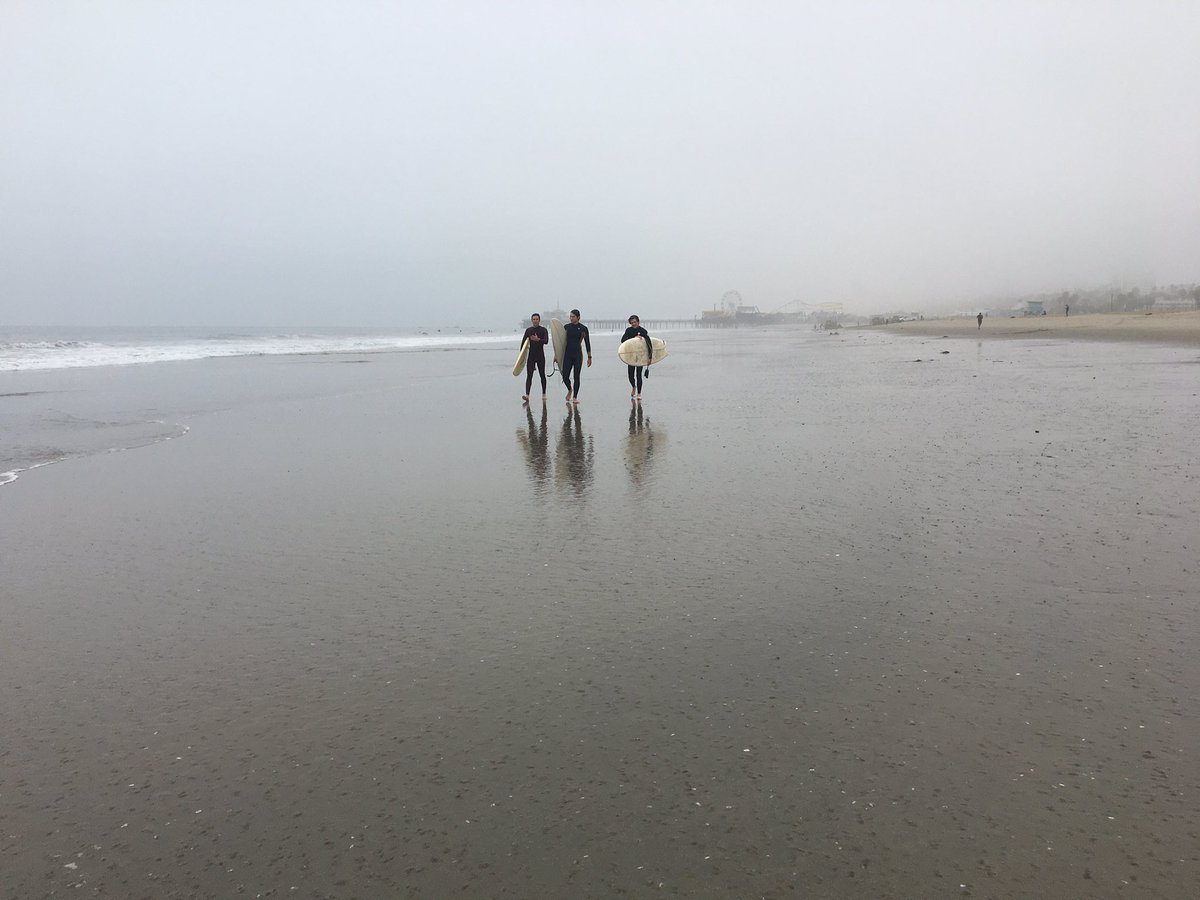 foggy early morning at low tide yesterday #santamonica pic.twitter.com/h908Tqwe7z