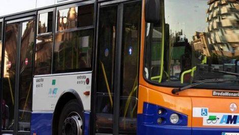 Bloccano autobus a Mondello e cercano di salire, tre giovani denunciati - https://t.co/9wGUgDnEAs #blogsicilianotizie
