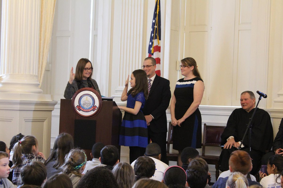 Check out these pics of @SOTSMerrill swearing in 2016 #CTKGElena, 2017 #CTKGJessica, and 2018 #CTKGMegan.