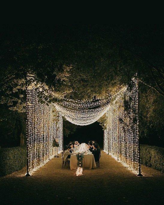 Magia es rodearte de los tuyos y disfrutar cada minuto juntos #boda #bodas #wedding #weddings #casament #casamento #casamiento #marriage #mariage #matrimonio #blogdebodas #unabodaoriginal #weddingphoto #weddingphotography  Pablo_laguia pic.twitter.com/lkGNJQaEacpic.twitter.com/OTBiaIHLIz