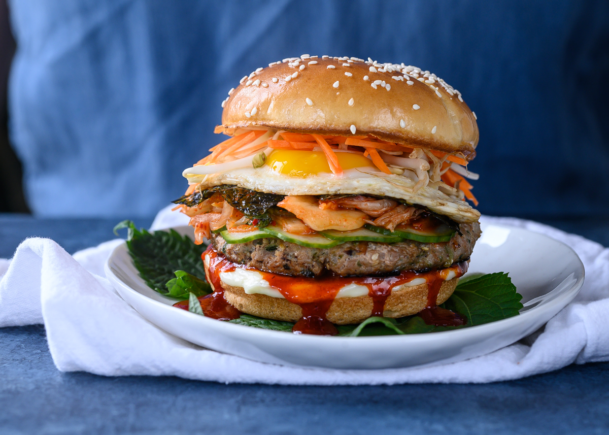 Happy #BurgerDay! If you need some inspiration, @eatwithjessie is sharing her delicious Turkey Bibim Burger recipe. It packs a serious punch with intense flavours, making each bite different and delicious! #ThinkTurkey  Get the recipe here: https://t.co/GKNvIAIfKB https://t.co/XIKoradRmM
