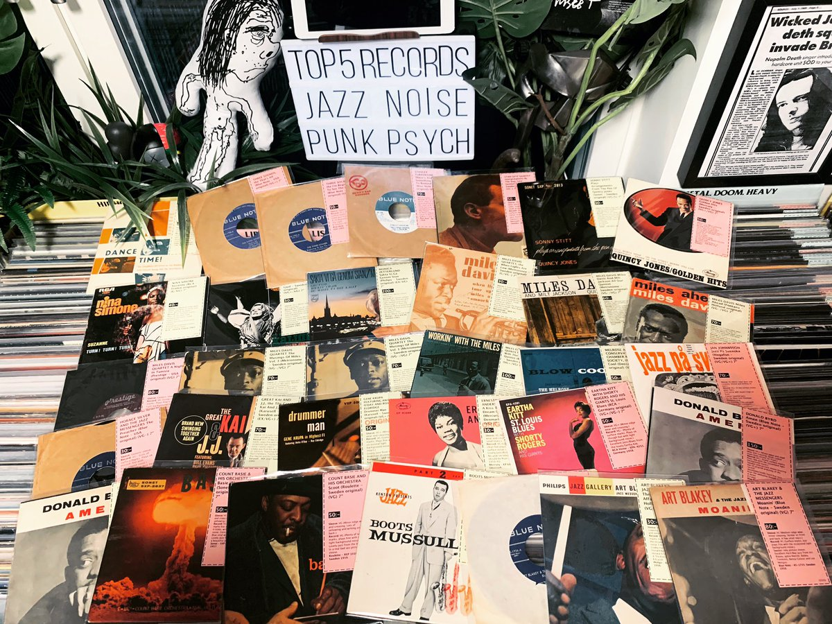 """Some lovely Jazz 7""""s in store now. (From the old store with lower prices)  http://www.topfiverecords.se   #jazz #hardbop #records #vinyl #LPs #45s #33rpm #45rpm #vinyljunkie #vinylcommunity #vinylcollector #recordcollector #cratediggers #raregroove #recordstore #recordshoppic.twitter.com/8RYCcHt5gz"""