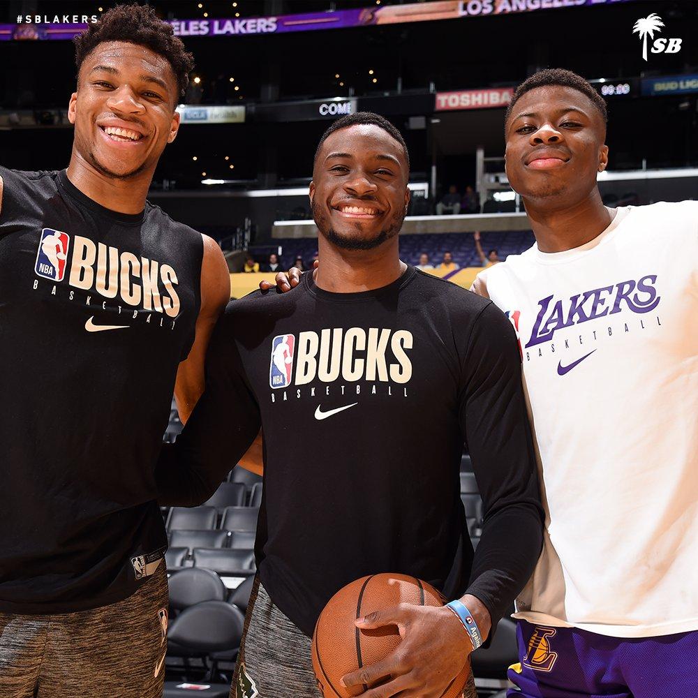 RT @Lakers:  *** RT @SouthBayLakers: Reunited and it feels so good. #BestOfLakersBucks https://t.co/q4NLPvBp1m #LosAngeles #LosAngelesLakers #Lakers #LeBronJames #StriveForGreatness #NBA #NBAAllStar #TeamLeBron https://t.co/ahBLAkBupY