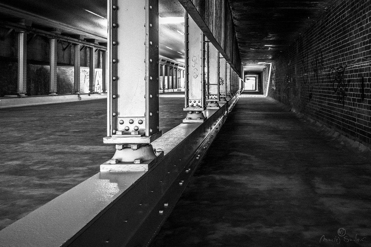 At the Border of Two Old Districts  #PoznanOnMyMind #MaciejSmolenPhotoGraphics  #Poznan #Wilda #Łazarz #StreetPhoto #RailwayBridge  #Nikon #D7200 #NikonD7200 #Sigma17_50pic.twitter.com/YQbuBq3VTw