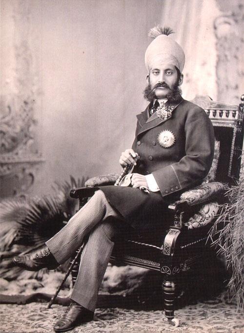His Highness Mir Sir Mahboob Ali Khan Bahadur Siddiqi Bayafandi, Asaf Jah VI, Nizam of Hyderabad, GCB GCSI was the 6th Nizam of Hyderabad. He ruled Hyderabad state, one of the Princely states in India between 1869 and 1911pic.twitter.com/hehQg500wn