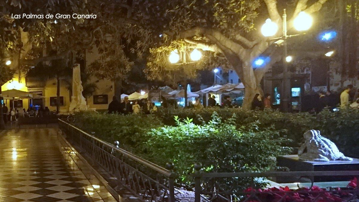 RT @GranCanarioPlus: #BuenasNoches #LasPalmasdeGranCanaria #GranCanaria #Canarias #CanaryIslands https://t.co/NIQybs2zt5