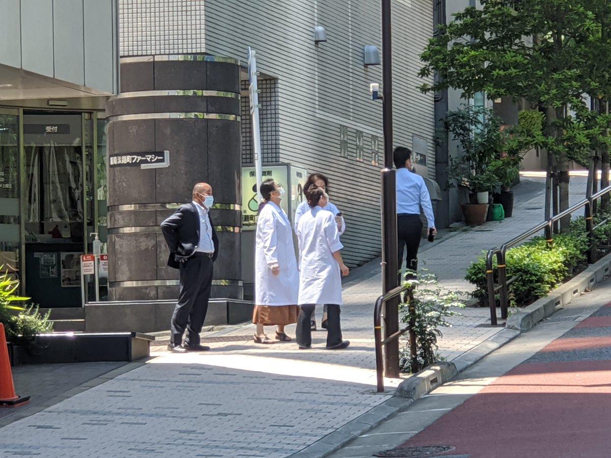 「医療関係者には届いてない、届かない、意味がない」とBIのフライトdisっる奴いるが、会社の近所の病院の人たち嬉しそうに空見上げてるぞ。ちゃんと届いてるんだよ。