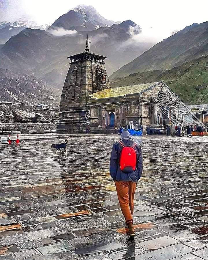नमामि प्रभु श्री केदारनाथ, हिमालये तू केदारम, जय श्री केदारनाथ !! 🙏🙏🙏 #KedarNath #Himalayas https://t.co/CeMOwkMey9