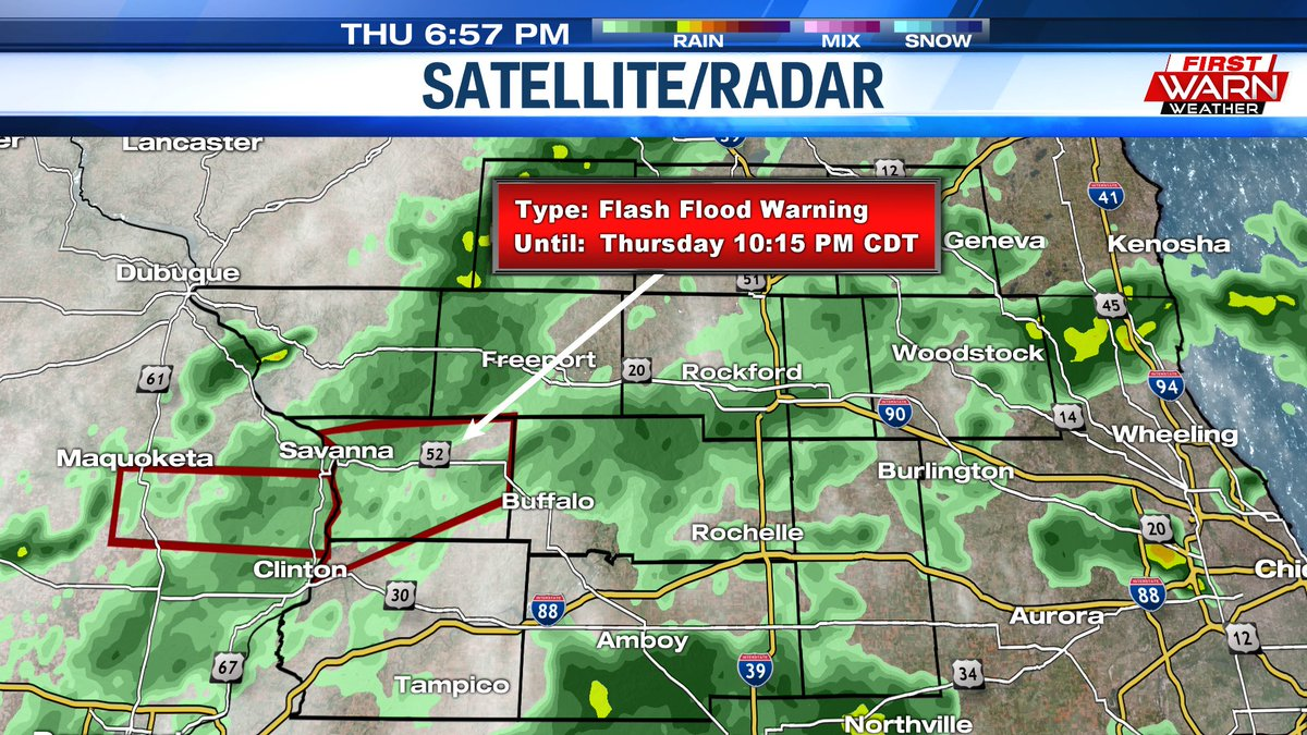 Rain showers continue this evening, but the overall coverage is beginning to become a bit more scattered.  A Flash Flood Warning remains in effect for Carroll County until 10:15pm. @MyStateline #ilwxpic.twitter.com/tN5FMwlyU1