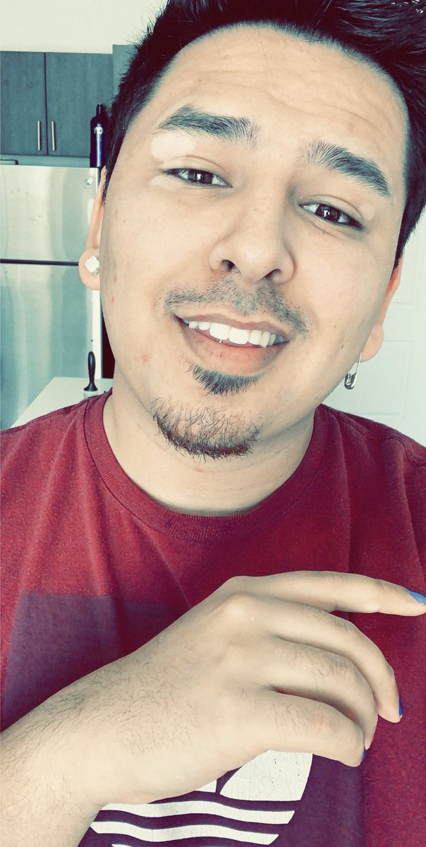 I figured I should smile more, even when things are hard.  #LGBTQ #Latinx pic.twitter.com/KFzjXGVdvf