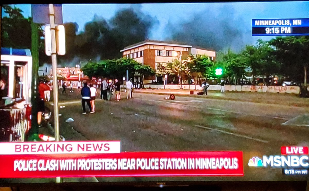 Thick black smoke rises as #protest escalates in #Minneapolis tonight.