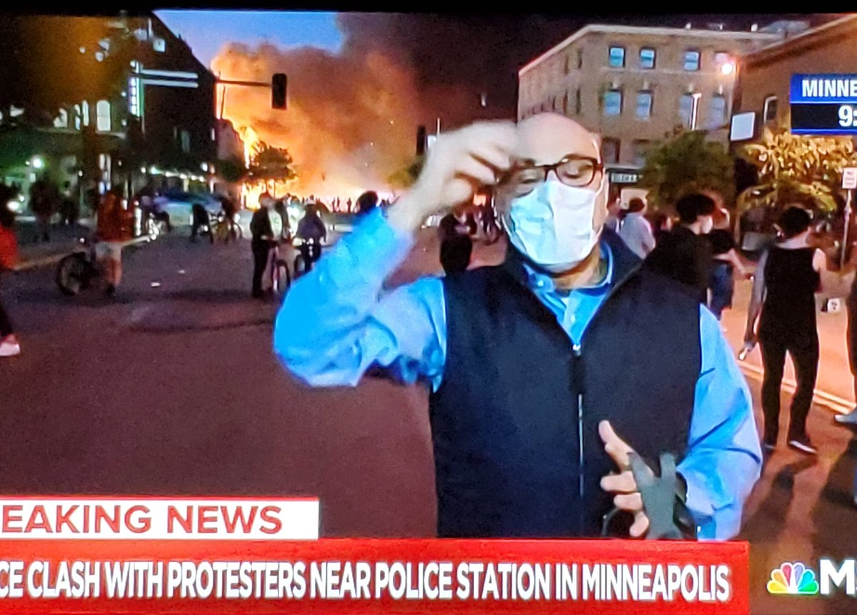 #AliVelshi reports on #protest in #Minneapolis with huge blaze in the background.