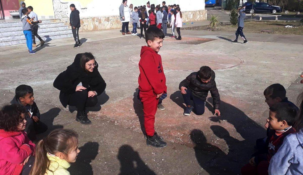 #CorpiCivilidiPace #Albania Un Paese con forte desiderio di progresso ma che regala ancora angoli in cui il tempo sembra essersi fermato. Di Margherita, #CorpoCivilediPace con @EngimOng - @FOCSIV a Fier 👉bit.ly/2yHh5tV