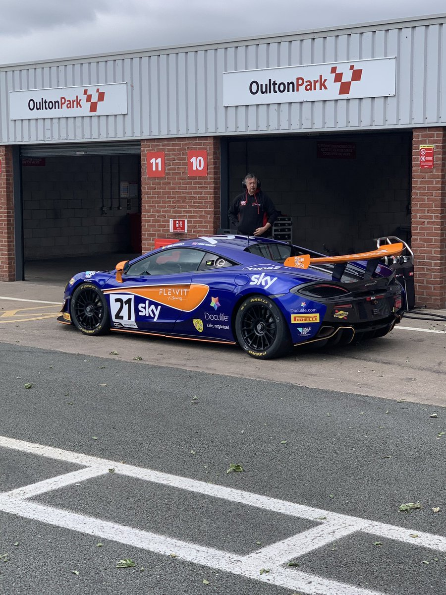 Excellent to see @MiaFlewitt and the @Balfemotorsport No. 21 McLaren 570S GT4 back on the track at @Oulton_Park testing ahead of the @BritishGT.    @customerracing @DoculifeGlobal @TopazDetailing @RebellionTime @SkyUK   #RaceforRP #RelapsingPolychondritis #AutoimmuneDisease