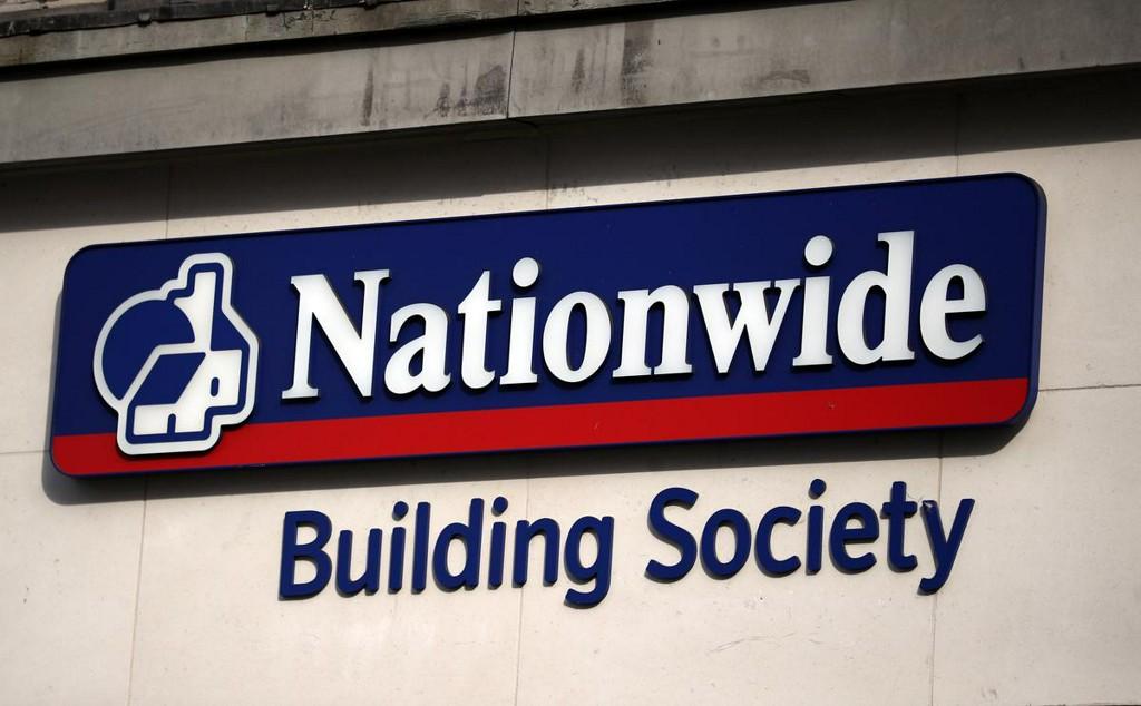 British lender Nationwide abandons some targets as profit slumps https://t.co/0rZrAJ9h1B https://t.co/fiSGKuIkhm
