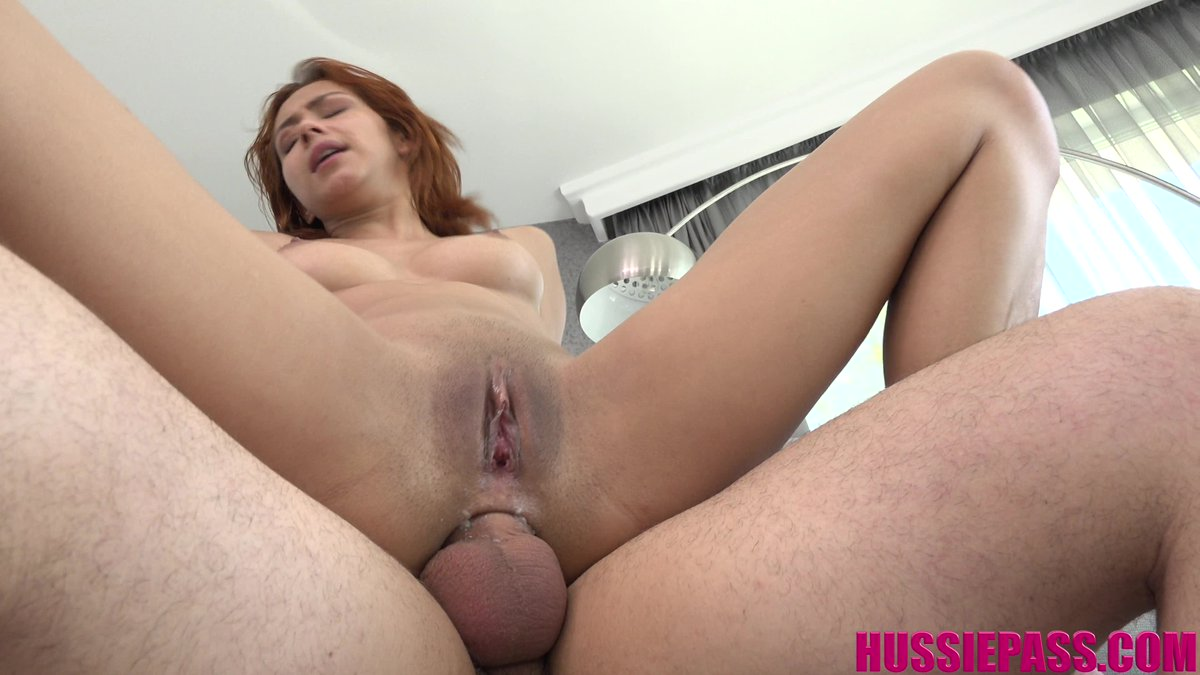 Her Elastic Asshole With Veronica Leal