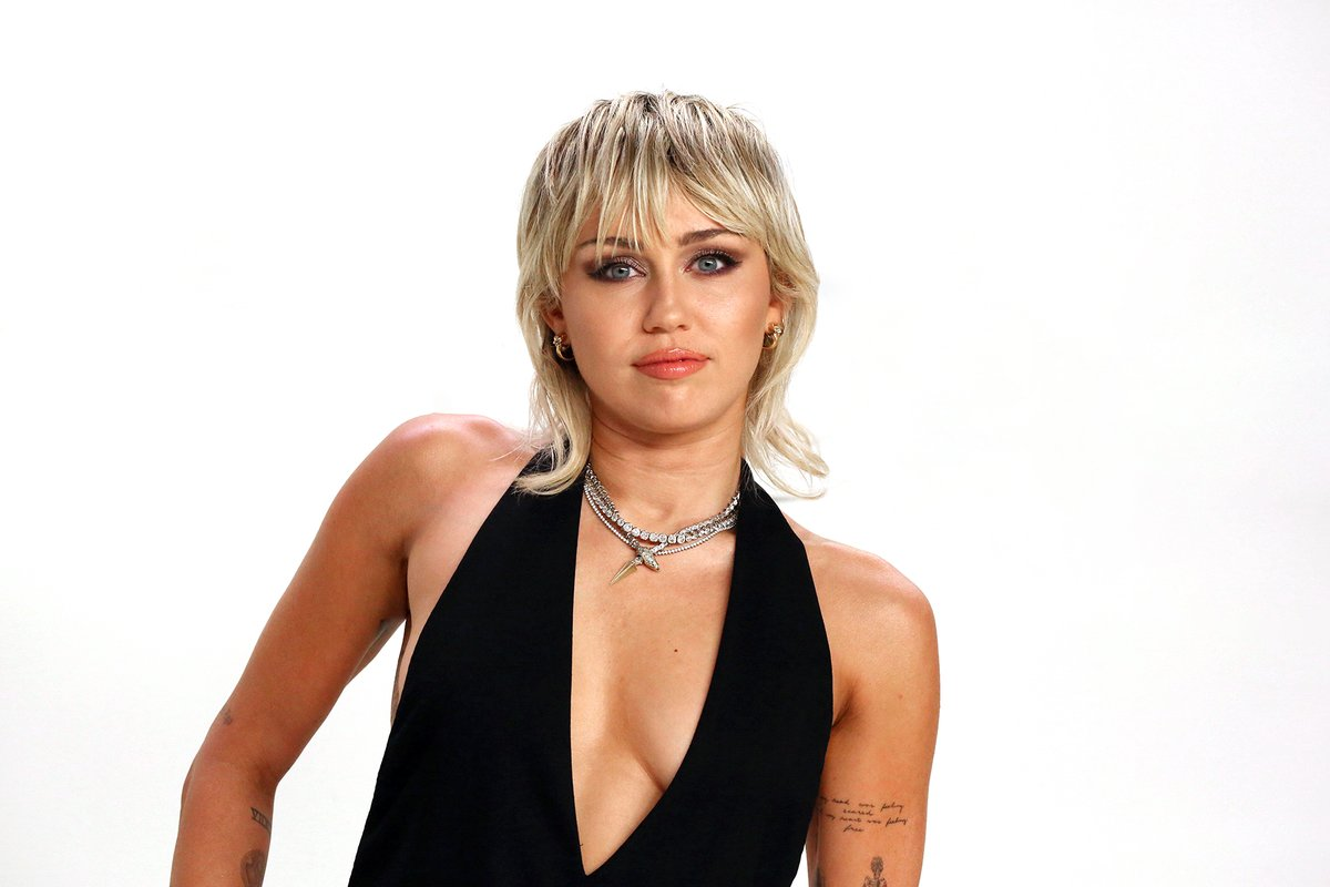 .@MileyCyrus Shares COVID-19 Call to Action for #GlobalCitizen Campaign au.rollingstone.com/music/music-ne…