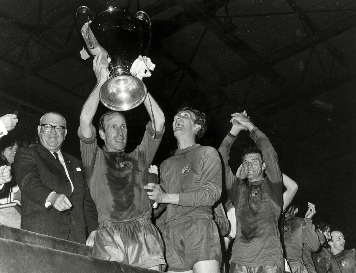#OnThisDay in 1968, Busby's boys were finally crowned the kings of Europe 🏆  Wembley witnessed goals from @SirBobby (2), George Best and Brian Kidd as we beat Benfica 4-1 ✨  #MUFC https://t.co/qGbj3LLFPs