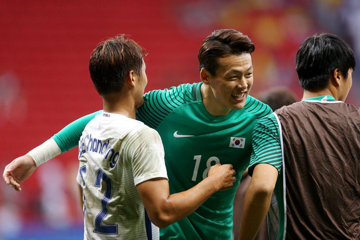 100 - 大邱FCへの完全移籍が発表されたク・ソンユンはJ1の'17年〜'19年、出場試合数がリーグで2番目に多かった(100試合)。また、同期間に3季連続で30試合以上に出場したGKは以下3名のみ。  101 - 西川 周作(34/34/33) 100 - ク・ソンユン(33/34/33)   99 - キム・ジンヒョン(31/34/34)  惜別。 https://t.co/CwEeIzWgPI