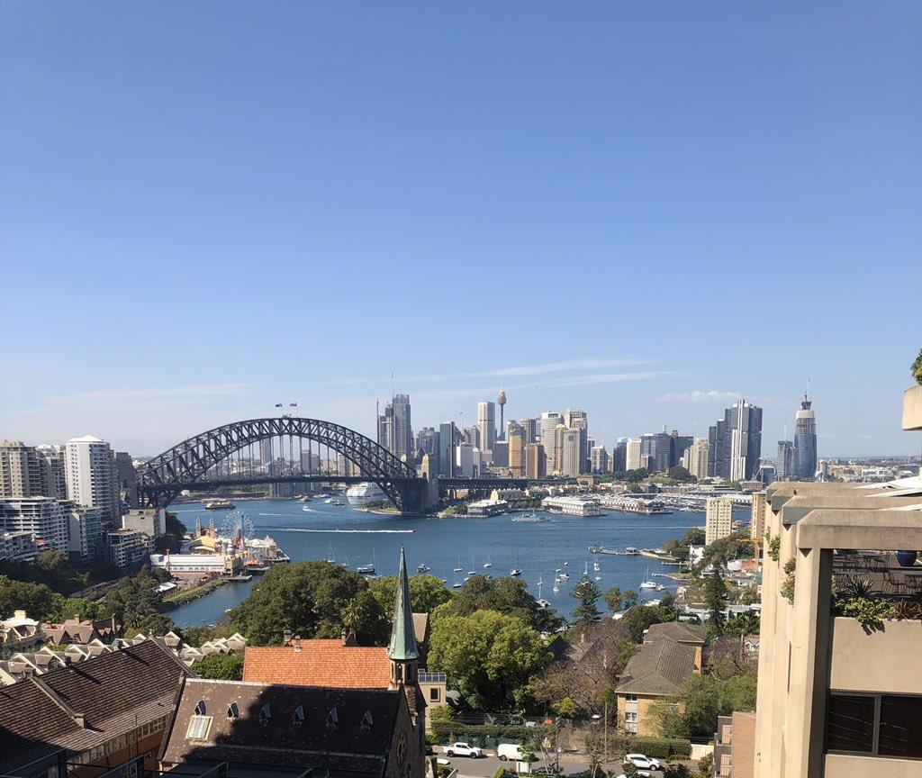 My beautiful city. #Sydneypic.twitter.com/IQp6NLAgpC