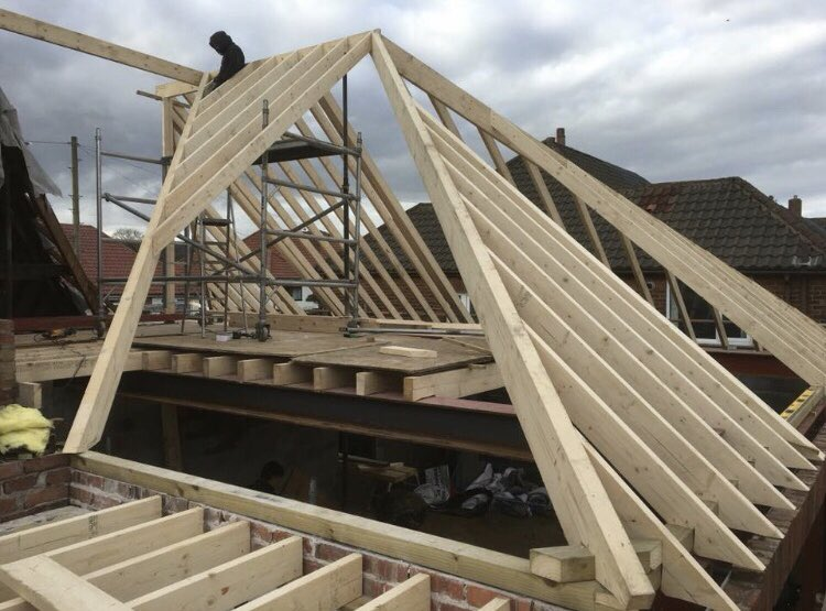 Completely changed the look of this house in Walmersley for a lovely young couple. #Extension #Joinery #Timber #Roofing pic.twitter.com/tqaEhXKtiK