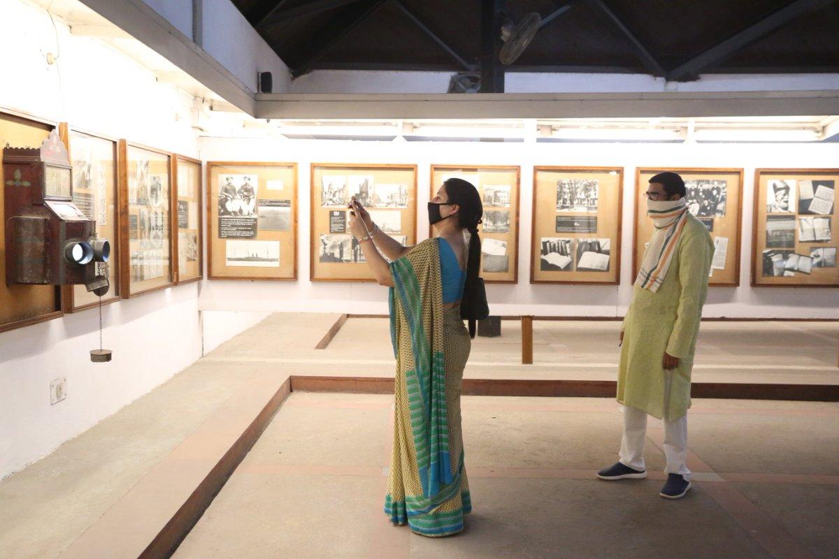 Smt. @nirupamakotru is also seen taking photographs of the exhibits in the 'My Life is My Message' exhibition. #Mahatma150 #Gandhi150