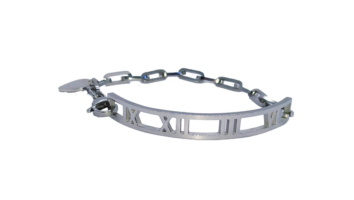 CHECK THIS OUT! #silverbrangle #brangle #chunkybracelet #romannumerals https://www.ebay.co.uk/itm/283816179812… via @ebay_UK #fashionjewellery #unisexjewellery  #happeningonebay #fashiontrend @i_simplyi2 #fathersdaygift #fashionjewellery #jewellery #cuffchain #cuffbracelets #cufflinkbraceletpic.twitter.com/EISbgYg9Ld