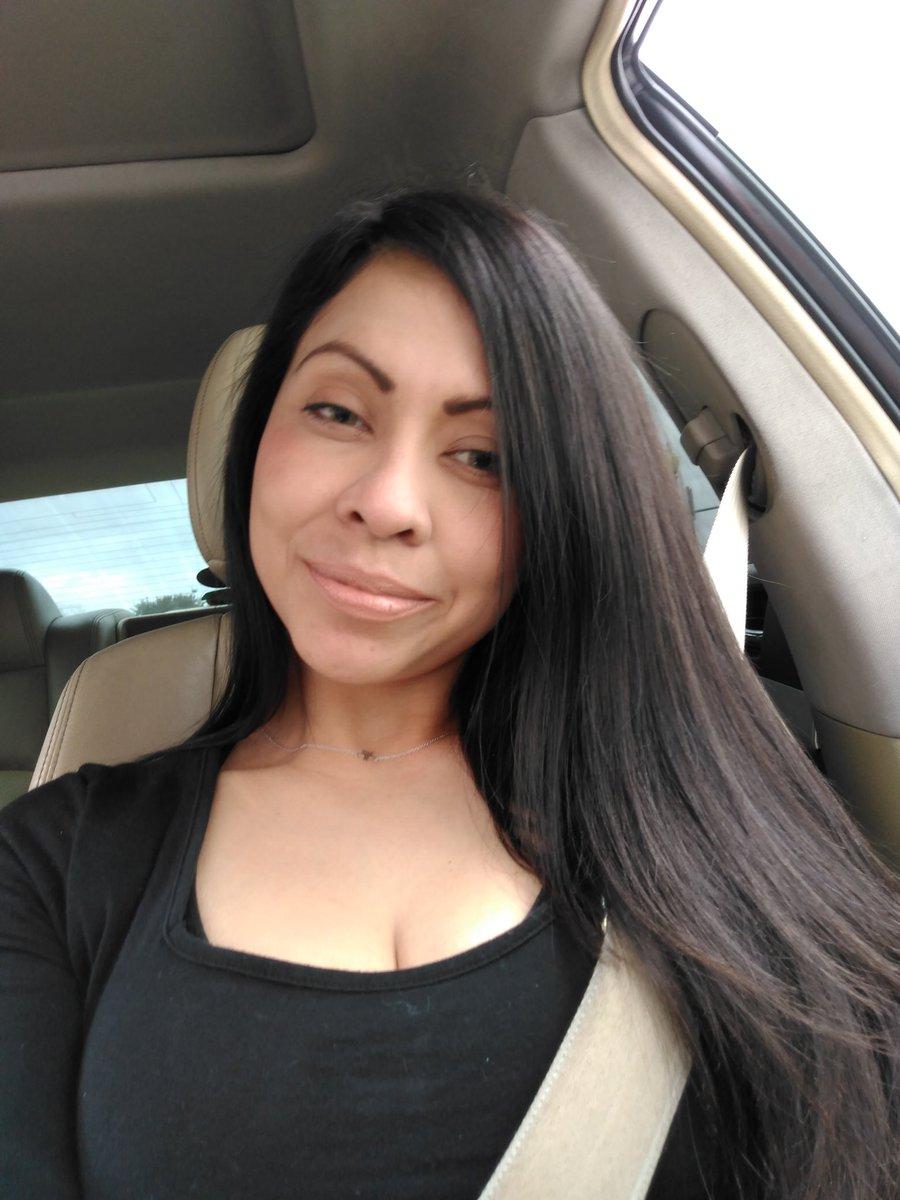 No makeup pic.twitter.com/lHGRnXXhmZ