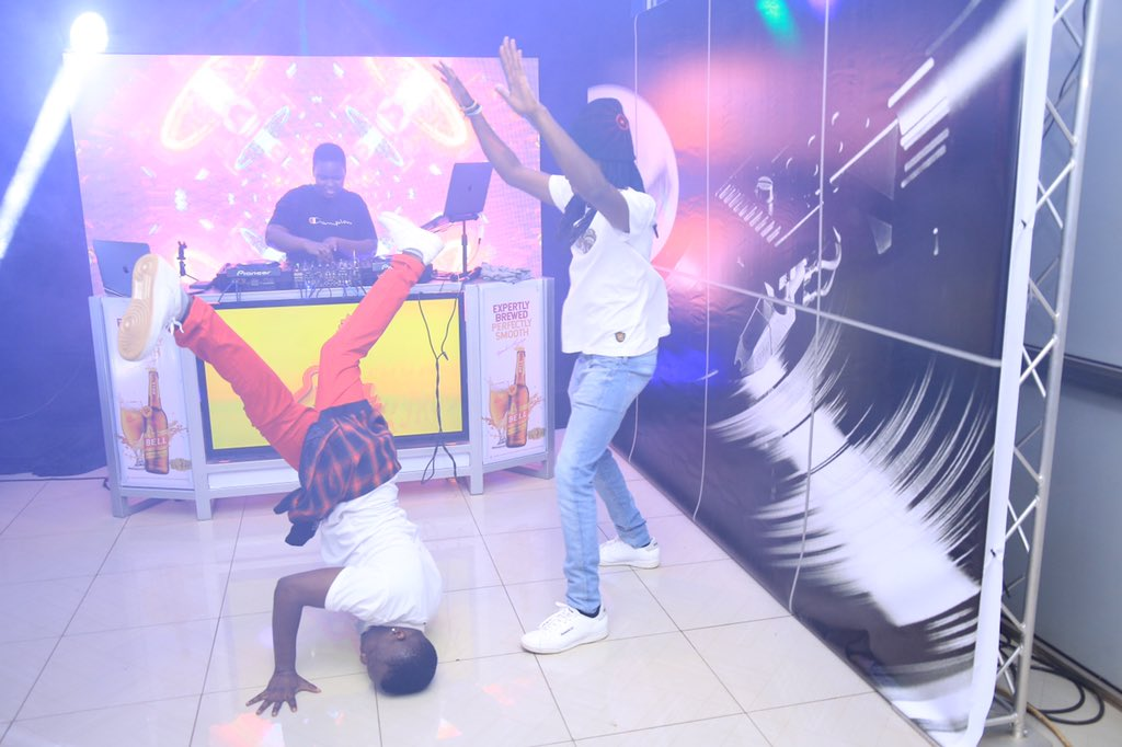 When the beat drops 💥💥💥💥💥 @dagy_nyce #NTVMixShow #BellJamz https://t.co/oyO9YSYRTr