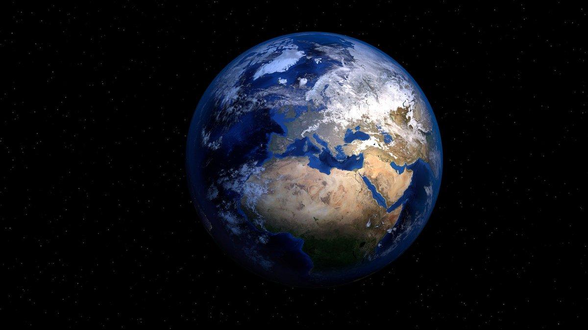 Hoe we wereldwijde milieubescherming effectiever kunnen maken: Leidse onderzoekers hebben zes topprioriteiten vastgesteld die de meeste impact op het #milieu kunnen hebben. 'Zo maken we optimaal gebruik v/d middelen.'   Bekijk de zes prioriteiten hier 👇 https://t.co/MhHmQ71sbc https://t.co/vnIlbYYScF