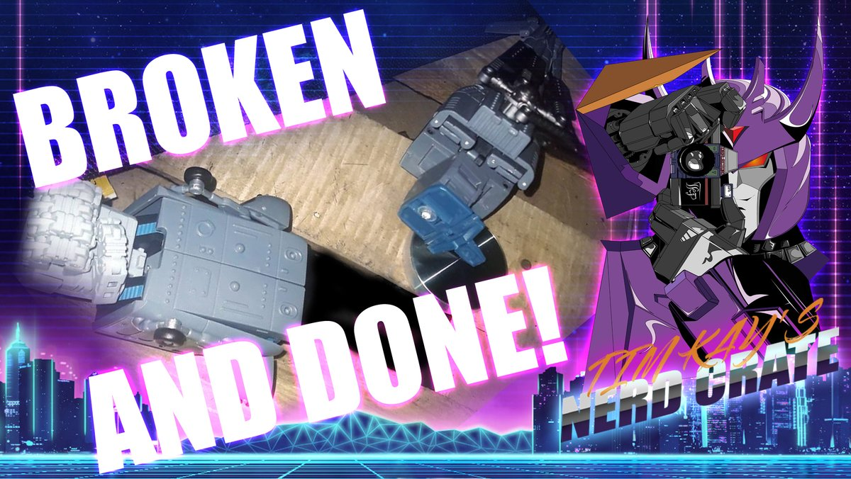 Unique Toys Vortex broke! WTH?! ALSO: #BradFiedel event is live and you can put a notification on there.    #5min1stlooks #timkaysnerdcrate #transformers #3rdparty #g1 #combaticons #g1vortex #broken #terminator #cratehangouts #terminatorfans