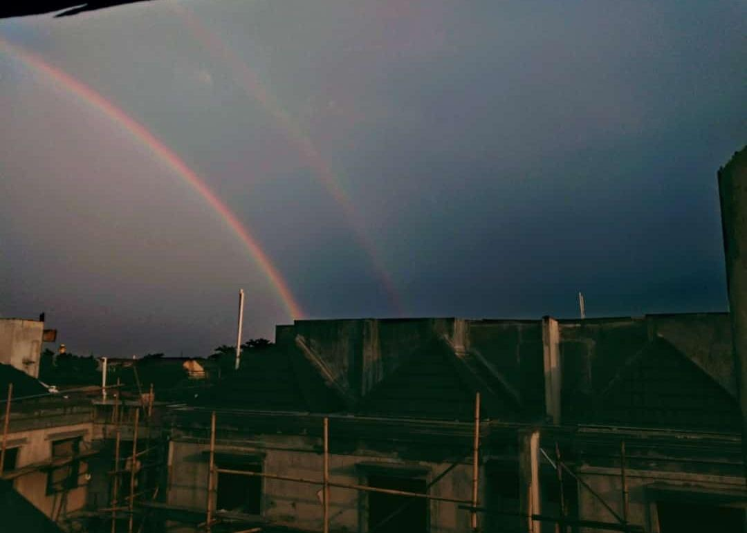 double rainbow #Jakarta pic.twitter.com/Y4zy1D94Ca