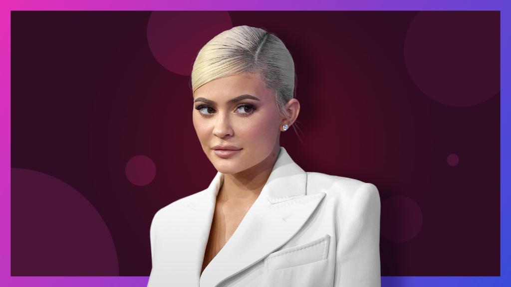 Kylie Jenner is no longer a billionaire https://t.co/DbUpMBuAP6 https://t.co/eKVqqNg54b