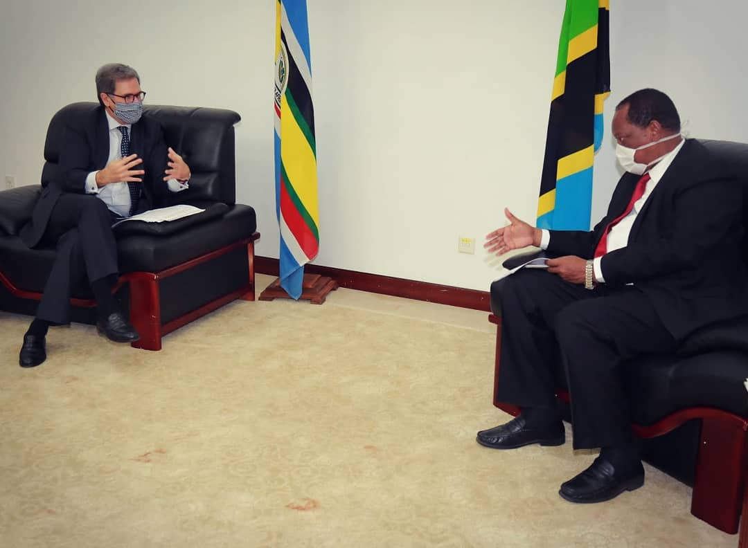 H.E. Frederic Clavier met with Hon. Kabudi to discuss bilateral and multilateral efforts to fight covid-19 and its socio-economic impact. https://t.co/B1Eee6Z1hL