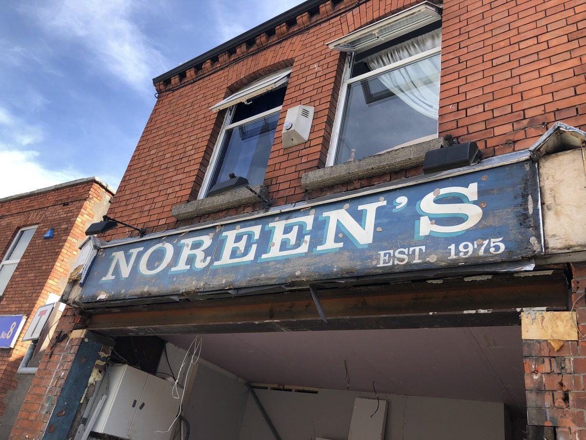 Old shop sign revealed on Prussia St, Dublin 7 this morning. @DublinGhostSign