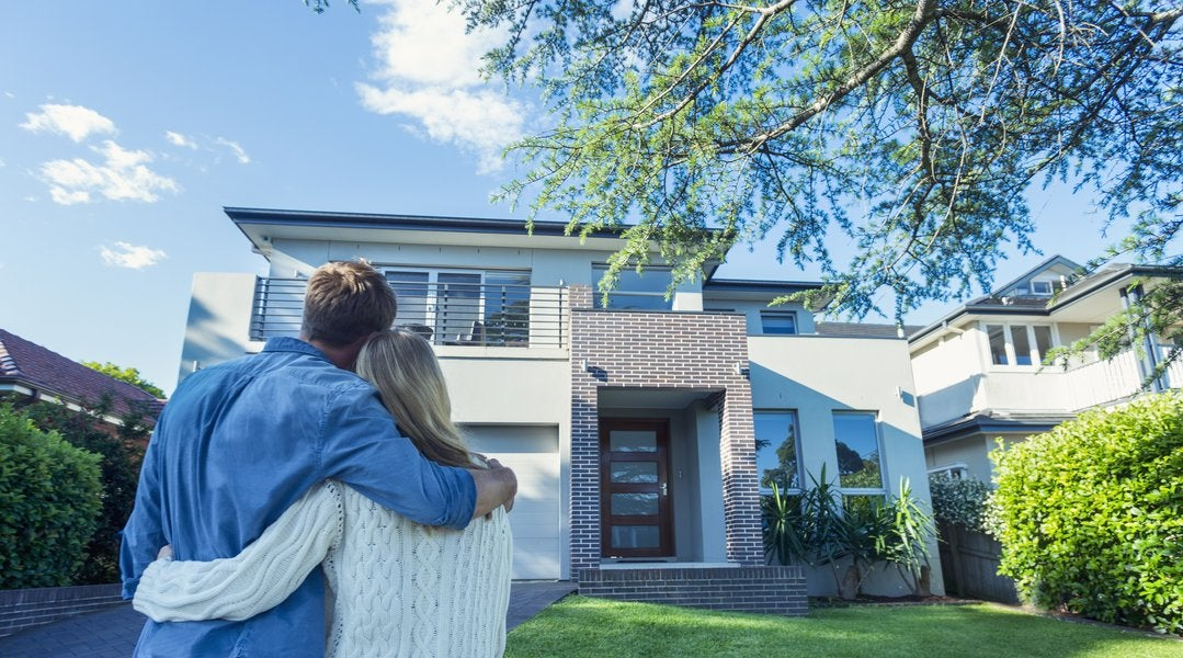Did you know it only takes between 30 and 60 days to close on a #newhome? #housingnews  http://cpix.me/a/98184819 pic.twitter.com/hbiGFgj4pM