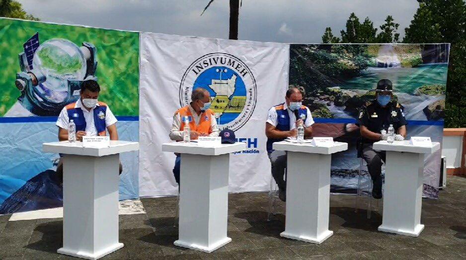 test Twitter Media - César George dice que las lluvias preocupan principalmente en la carretera del Libramiento de Chimaltenango debido a los constantes derrumbes. https://t.co/nKiSCo9wEh