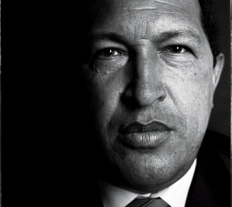 @vladimirpadrino Curioso, las bases norteamericanas en Colombia para combatir el narcotráfico son un peligro, pero los soldados rusos y las armas compradas a Putin por Hugo Chávez no lo son. @NicolasMaduro @jaarreaza #LaSolucionConElComunismoEsMilitar https://t.co/mqdFRqenMj