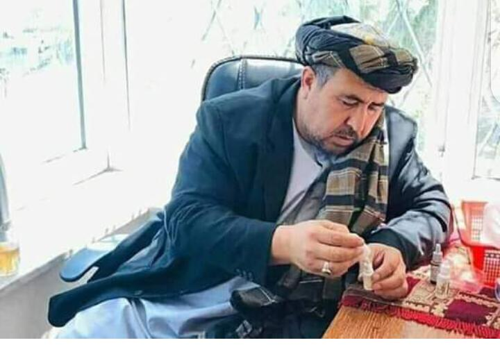 @UniofOxford @WestminsterFdn This man; names alokozay is from kandahar afghanistan, have allegation that he have discovered drug for covid 19 that only three drops of the drug mixed with tea can fully recover patients within 30minutes to 1 hour, evidence are the dozens  of patients of covid 19 that he treats https://t.co/zEbhzRnqPR