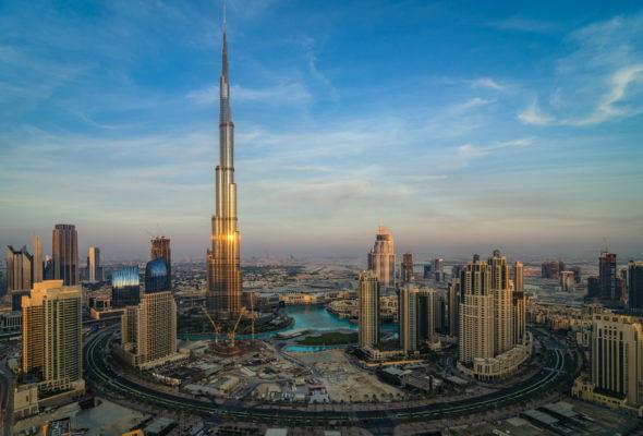 2021 nach Dubai: 7 Tage im 4* Hotel mit Frühstück, Flug & Transfer nur 494€ https://ift.tt/3cd4pZxpic.twitter.com/0Pf2FPel01