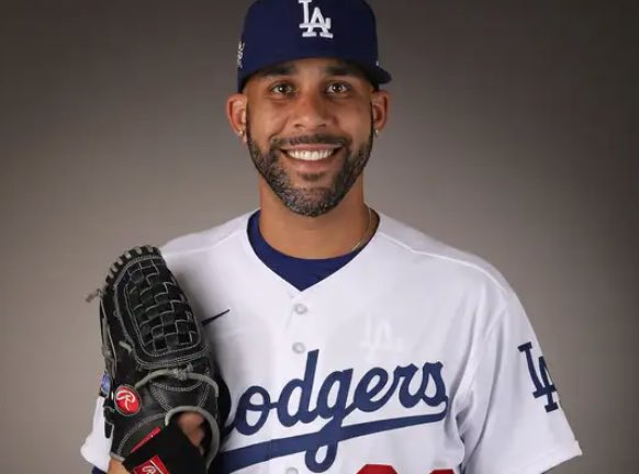 David Price is paying all of the Dodgers minor leaguers a grand each for the month of June: barstoolsports.com/blog/2504790/d…