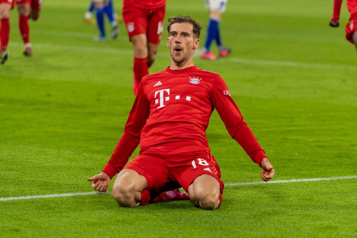 Bayern Munich star Leon Goretzka has undergone crazy body transformation in lockdown dailystar.co.uk/sport/football…
