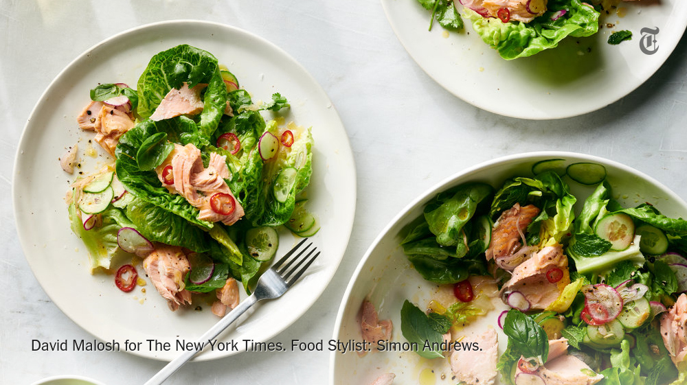 With a tangy dressing and plenty of crisp lettuces and vegetables, this warm salmon salad is an excellent way to usher in grilling season https://t.co/B5ehoeN7eC https://t.co/pusoc4oe7F